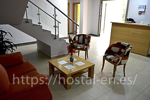 hostales y pensiones muy baratos y centricos en Sant Pol de Mar