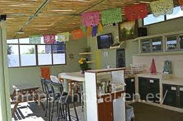 hostales y pensiones muy baratos y centricos en Velascalvaro