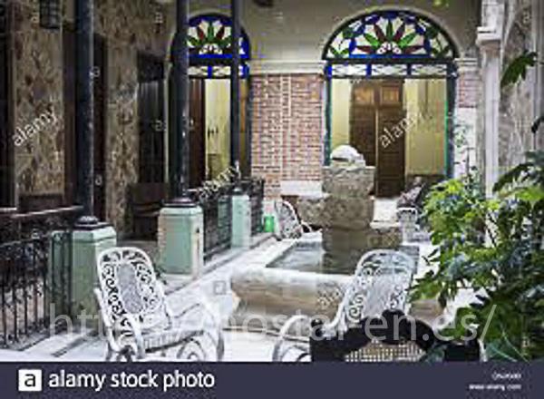 hostels y pensiones muy baratos y centricos en Sant Pol de Mar
