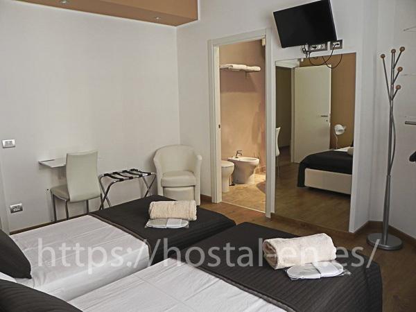hostels y pensiones muy baratos y centricos en Garcirrey